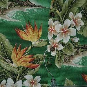 Bishop Street Hawaii Tops - BISHOP ST. ALOHA RESORT Shirt J. CREW SHORTS MINT